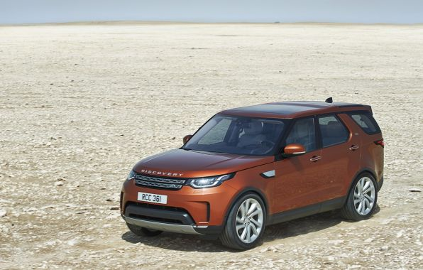 Land Rover Discovery 2017 vue avant